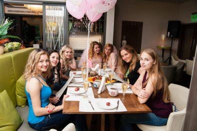 Girls Jeans Party Девичник сразу для двух невест!
