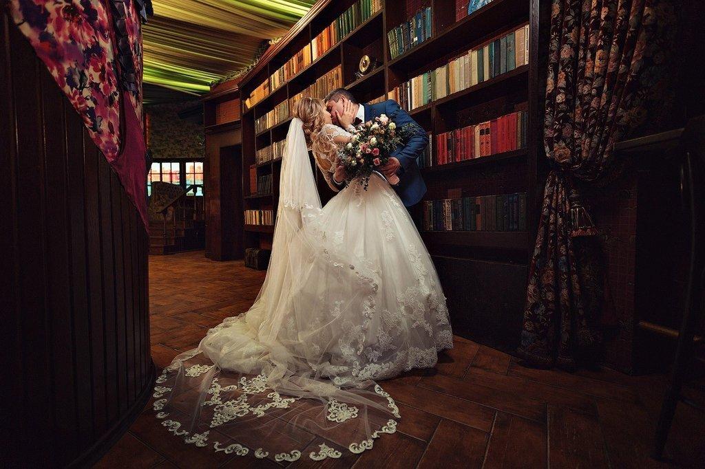 """Роман длиною в жизнь. Свадьба Александра и Елены в """"Испанском Дворике"""""""