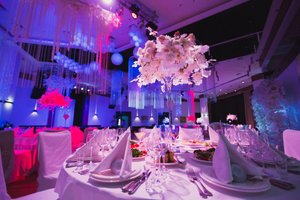 Выбор ресторана на свадьбу. Как сэкономить на банкете?