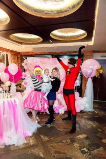 """Супер модные LOL и ее помощник! День Рождения Миланы в ресторане """"Какаду"""""""