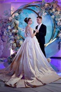 Космическая свадьба Дениса и Татьяны в гостинице «Donbass Palace»