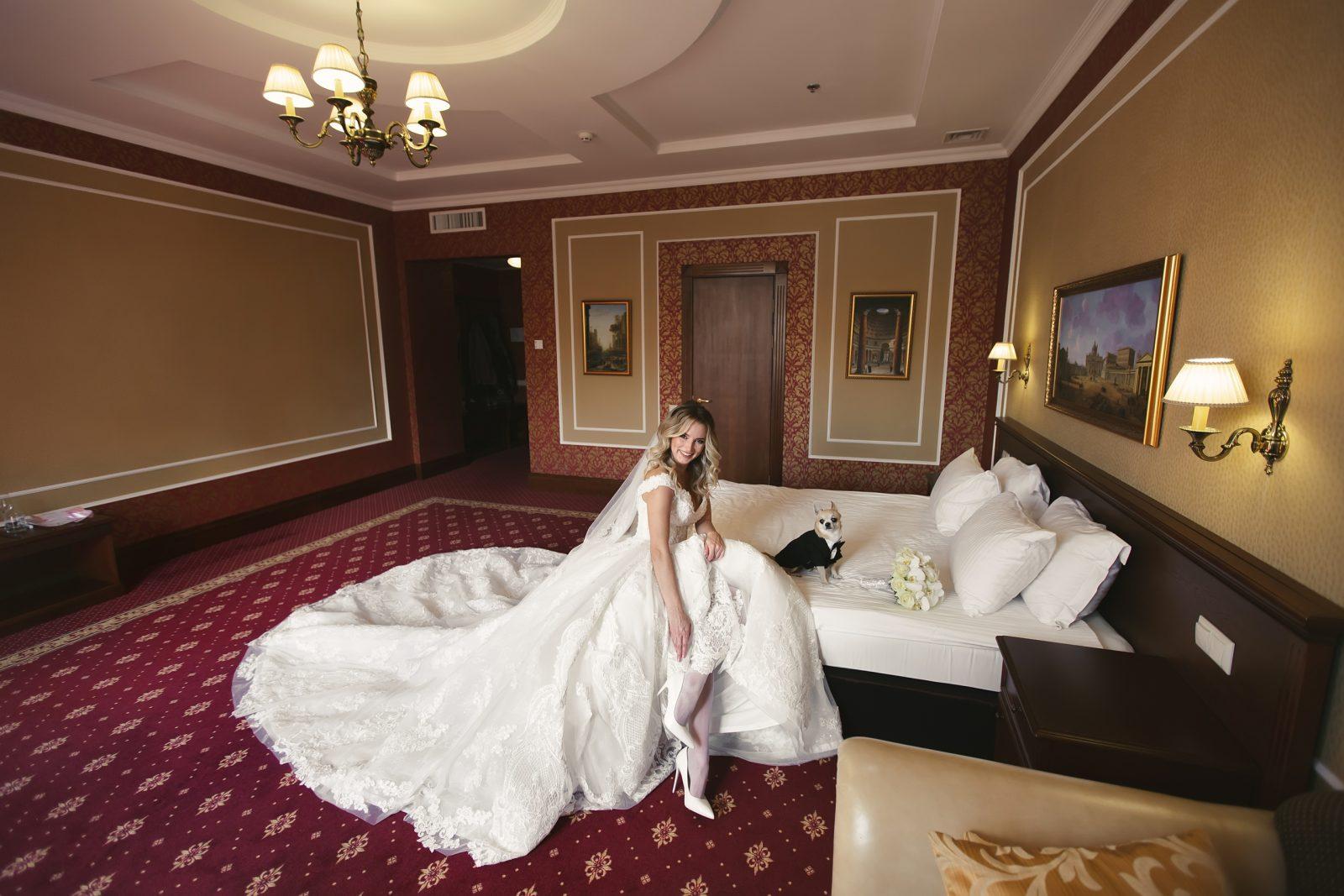 Белая классическая свадьба Николая и Влады