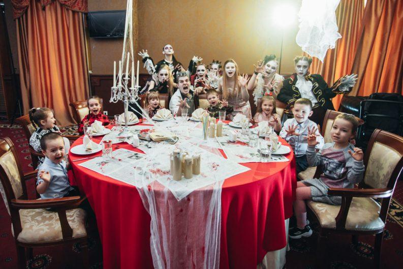 Страшно интересный детский День рождения в стиле Зомби для Ванечки